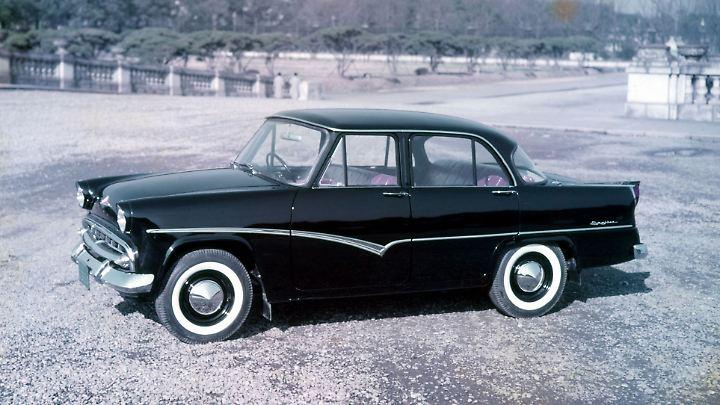 Nissan Prince Skyline 1957. Die erste japanische Sportlimousine in Europa.