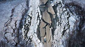 Tsunami-Warnung und zahlreiche Verletzte: Starkes Erdbeben verursacht schwere Schäden in Alaska