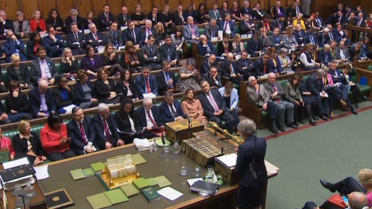 Parlament geht mit May hart ins Gericht