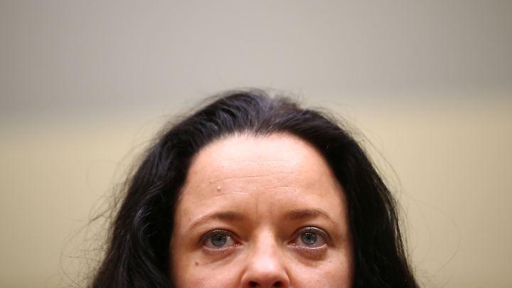 Die Rechtsterroristin Zschäpe ist zu einer lebenslangen Haftstrafe mit Feststellung der besonderen Schwere der Schuld verurteilt worden.