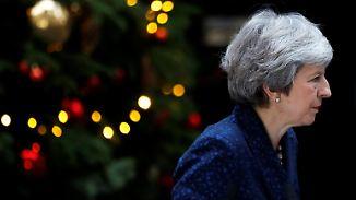 Brexit-Chaos und eine Warnung: May gibt sich vor Misstrauensvotum kämpferisch
