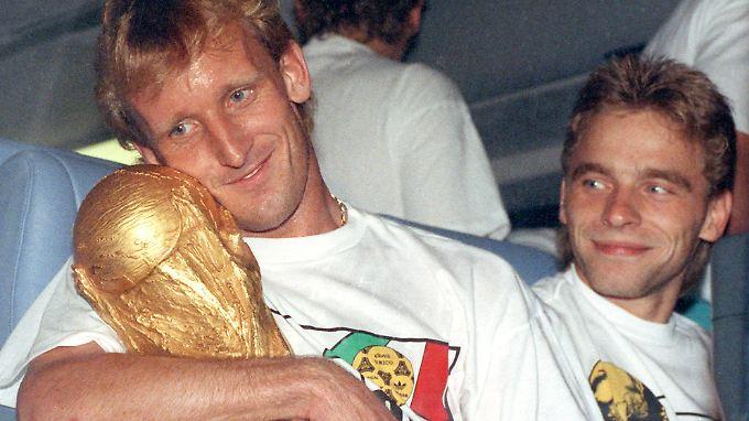 Andi Brehme verdankt Deutschland seinen dritten Fußball-Weltmeistertitel.
