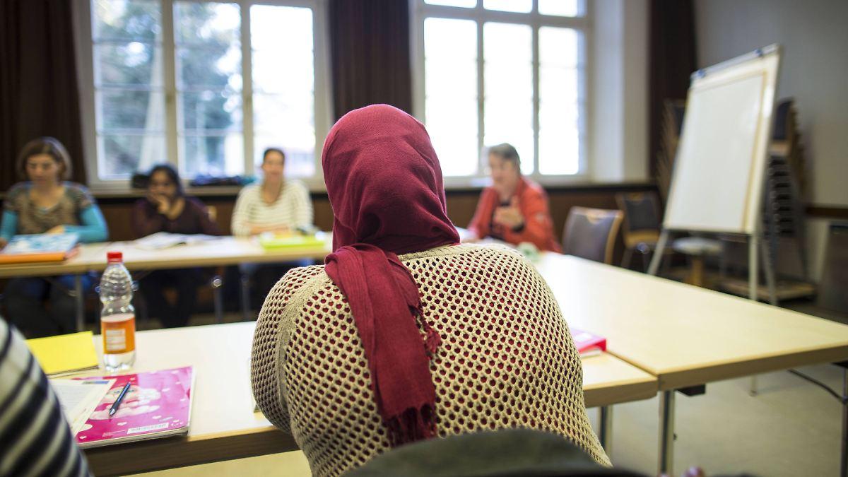 Integration-scheitert-an-Sprache-Deutschtest-ist-gro-e-H-rde-f-r-Zuwanderer