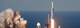 Erster kommerzieller Flug: Falcon Heavy startet vielversprechend