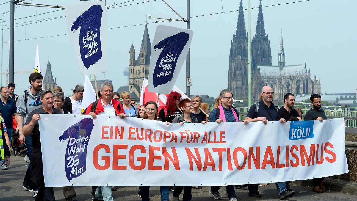 Zehntausende demonstrieren für Europa