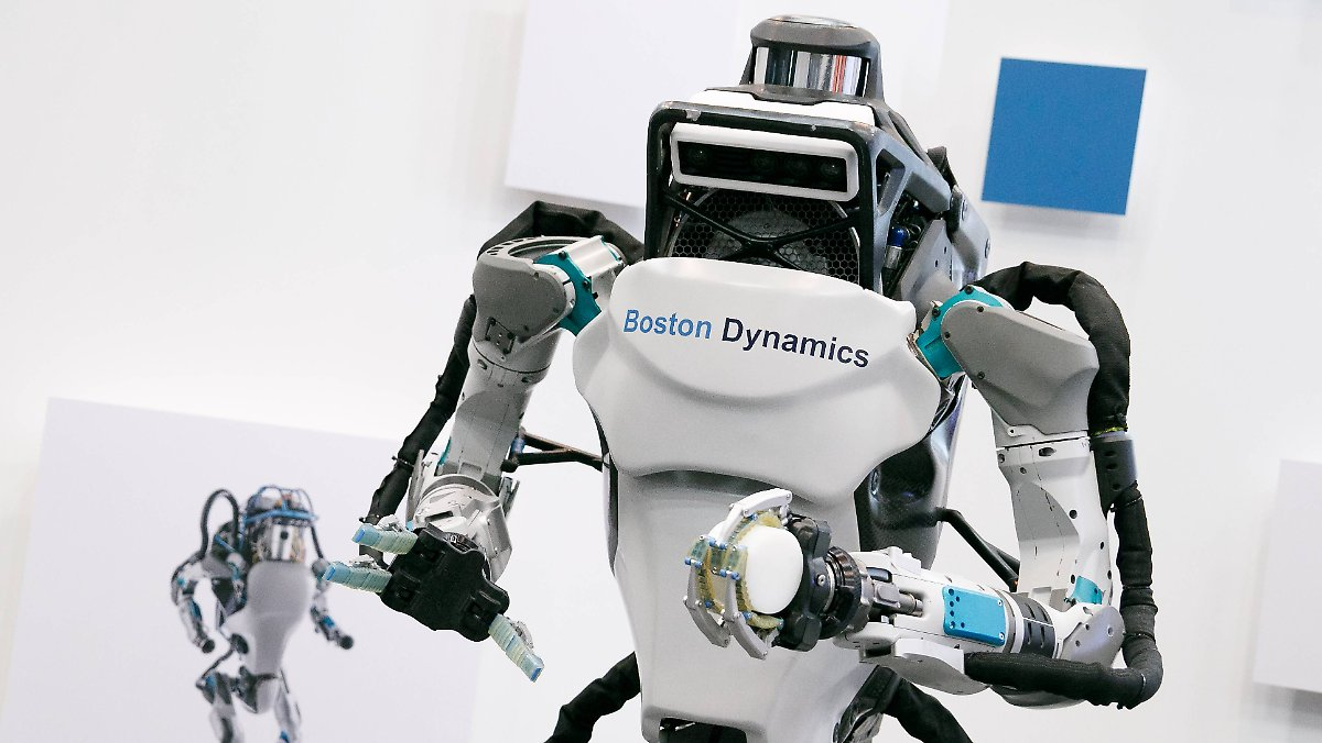 Zweibeiniger Roboter von Boston Dynamics brilliert als Kunstturner