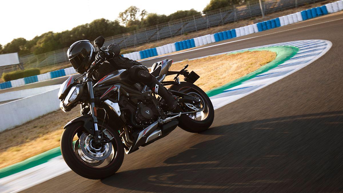 Triumph Street Tripple RS - echter Racer