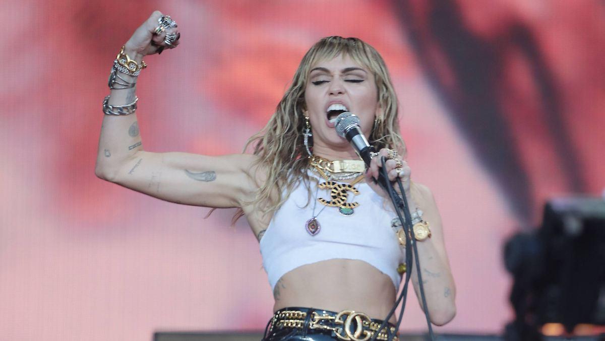 Miley Cyrus muss den Mund halten
