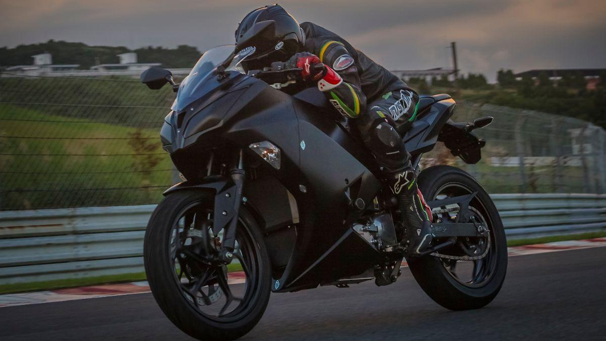 Kawasaki bastelt an der E-Ninja