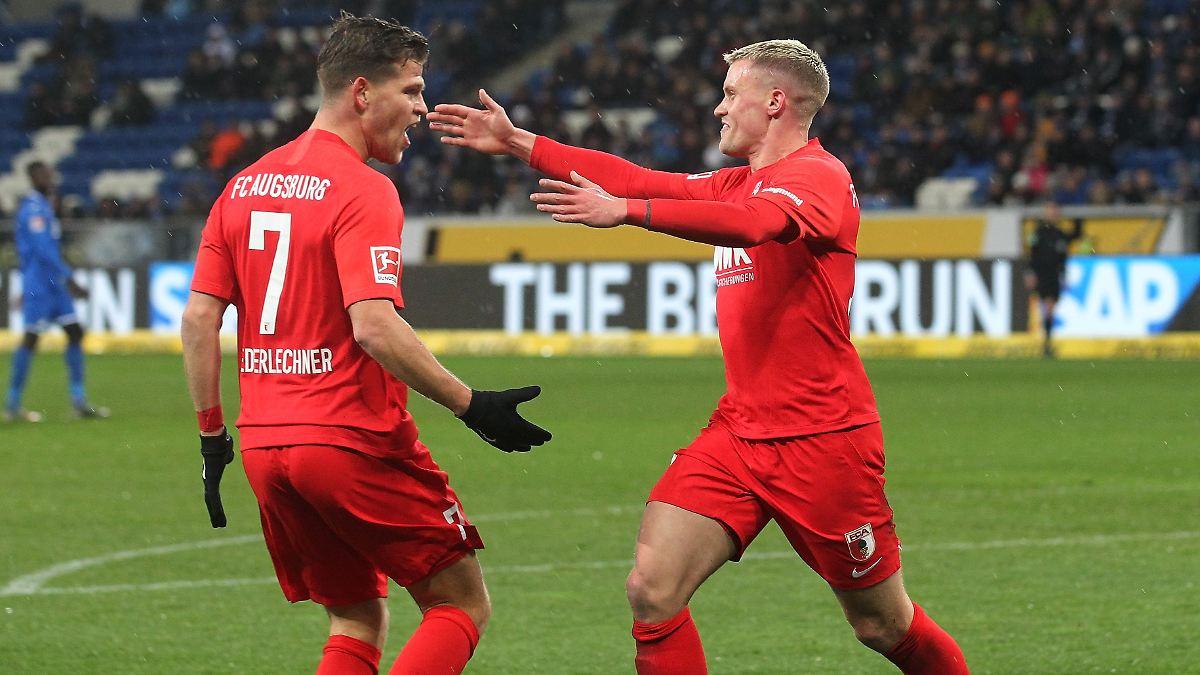 Augsburg brilliert dank Doppelpacker Max