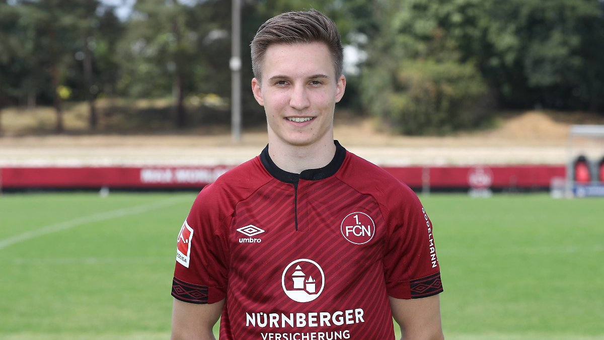 DFB erklärt lebenden Fußballer für tot