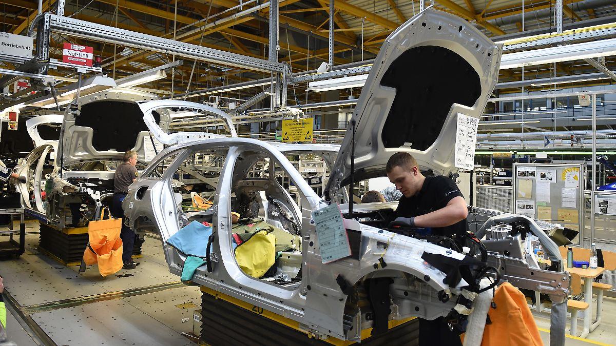 """Daimler könnte Hilfe """"locker zurückzahlen"""""""