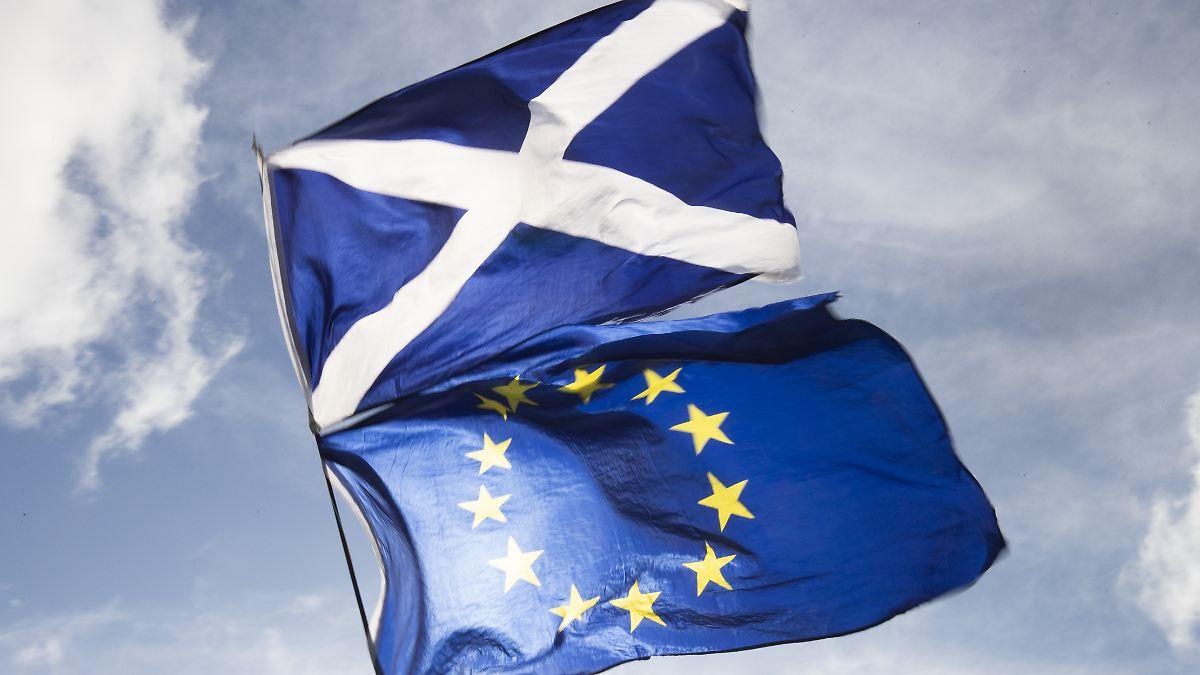 "Schotten hissen EU-Flagge statt ""Union Jack"""
