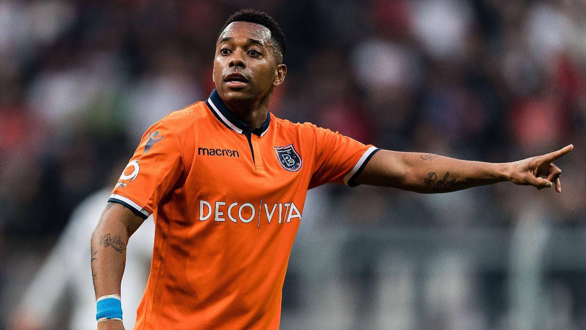 Druck von Sponsoren und Fans: Klub schmeißt Vergewaltiger Robinho raus