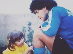 """""""Warte dort auf mich"""": Maradonas Tochter nimmt rührend Abschied"""
