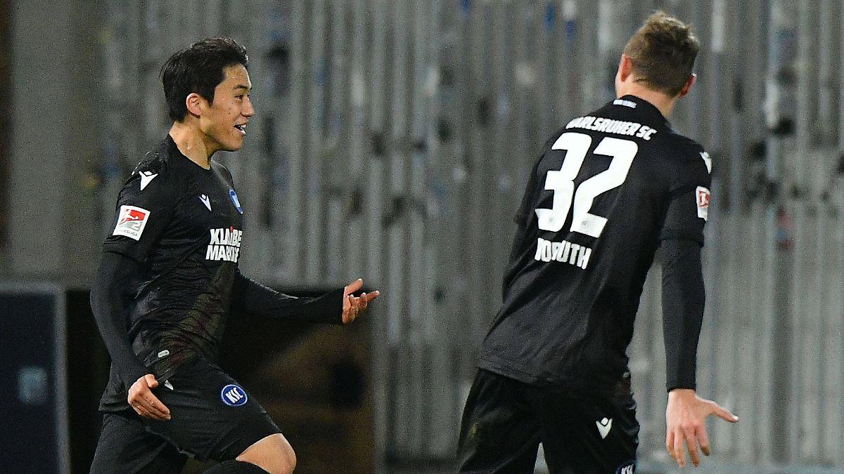 KSC sitzt HSV und Co. im Genick:Karlsruhe macht nur ein Spiel Sieg-Pause - n-tv NACHRICHTEN
