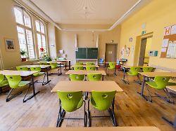 f02592c66cb5567327a4f36525a3c97f - Kultusminister beraten: Wie geht es weiter an den Schulen?