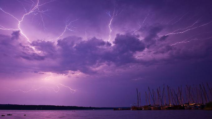 Die Kosten der Unwetter werden massiv steigen, warnt die Versicherungswirtschaft.