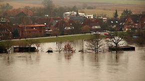 """""""Jahrhundertflut""""-Pegel teils übertroffen: Elbe-Hochwasser erreicht Rekordhöhen"""