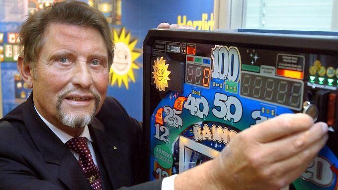 Eine zwielichtige Branche: Paul Gauselmann und seine Automaten.