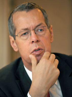 Reinhold Robbe war bis 2005 Mitglied des Bundestags und anschließend bis 2010 Wehrbeauftragter des Parlaments.