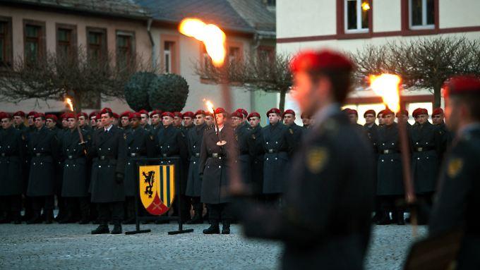 Die Letzten ihrer Art: 200 Rekruten der Panzergrenadierbrigade 37 wurden vergangene Woche als letzte Wehrpflichtige eingeschworen.