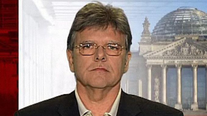 """Oskar Niedermayer im Gespräch: """"Rücktritt kann Konsequenzen haben"""""""