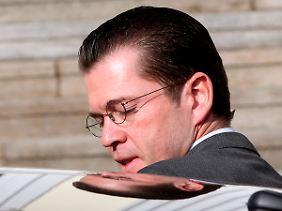 Guttenberg wird sich Fragen der Staatsanwaltschaft stellen müssen.
