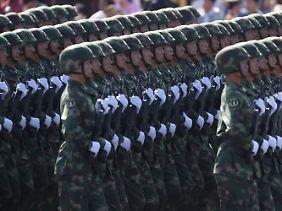 Die chinesische Armee gilt zahlenmäßig als die größte der Welt.
