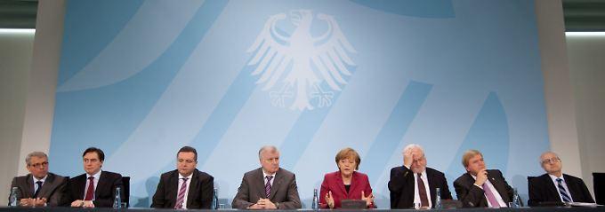 Atomgipfel: Merkel und die Ministerpräsidenten der Union entdecken auf einmal die gefährlichen Seiten der Atomkraft.