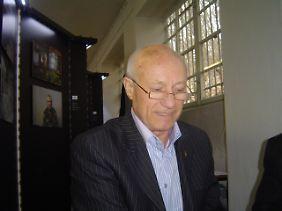 Ligun arbeitete vom 2. Juni bis zum 29. Juni 1986 als stellvertretender Chef einer operativen Einheit in der Zone 3.