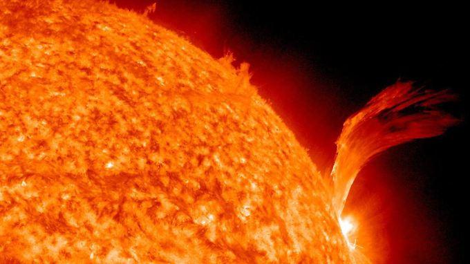 Bei der Kernfusion wird Wasserstoff zu Helium verschmolzen. Vorbild ist die Sonne.