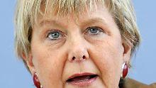 Marianne Birthler sieht sich heftiger Kritik ausgesetzt.