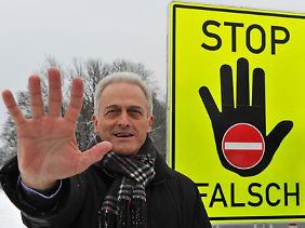Wie jeder Bundesverkehrsminister vor ihm blockiert auch Peter Ramsauer ein generelles Tempolimit.