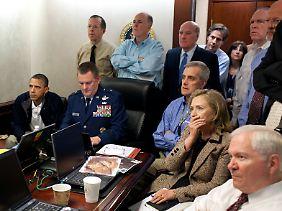 Die US-Führungsriege beobachtet im Situation Room den Schlag gegen Bin Laden.