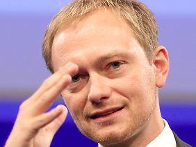 In der eigenen Partei unter Druck: Generalsekretär Lindner hatte sich vom Atomgesetz distanziert.