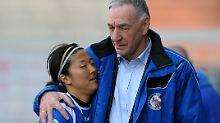 Potsdams Trainer Bernd Schröder nimmt beim Thema Silvia Neid kein Blatt vor den Mund.