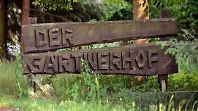 Schild des Betriebes, aus dem die mutmaßlich verseuchten Sprossen kommen sollen.
