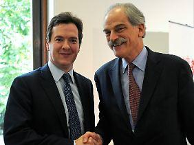 Der Schatzkanzler und der amtierende Chef des Währungsfonds: George Osborne (links) bedankt sich bei John Lipsky für den Besuch in London.