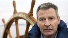 """Kapitän Norbert Schatz hat keine Zukunft mehr auf der """"Gorch Fock""""."""