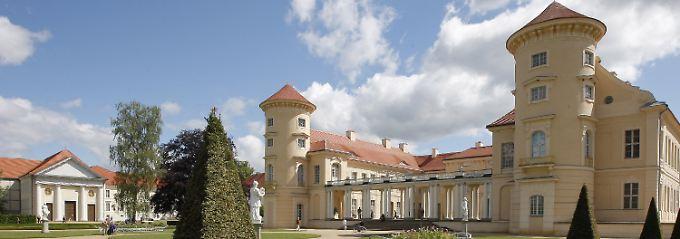 Das Tucholsky Literaturmuseum hat seinen Sitz im Schloss Rheinsberg.