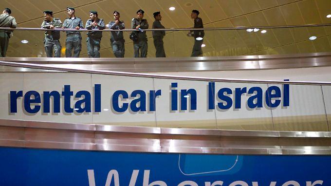 Auf dem Flughafen Ben Gurion wurden die Sicherheitsmaßnahmen verstärkt.