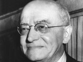 Heinrich Brüning von der Zentrumspartei war vom 30. März 1930 bis zum 30. Mai 1932 deutscher Reichskanzler.