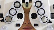 Sehtest beim Optiker. Auch die Bundesregierung will in Zukunft genauer hinsehen.