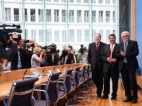 Die neue Troika? Steinbrück, Gabriel und Steinmeiner vor der Bundespressekonferenz.