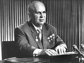 Der sowjetische Ministerpräsident Chruschtschow hielt Kennedy für schwach.