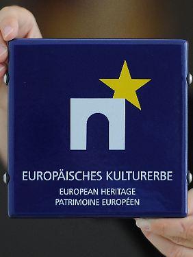 Gedenkplatte des Europäischen Kulturerbe-Siegels.