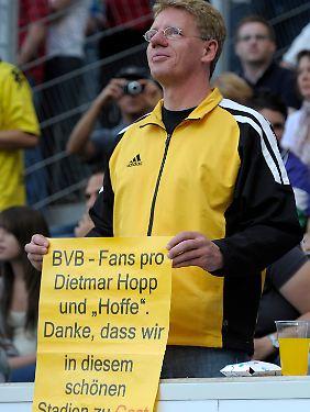 Fans wie dieser sind im Dortmunder Anhang klar in der Minderheit.