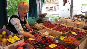 Auf dem Wochenmarkt findet man am ehesten Regionalprodukte.