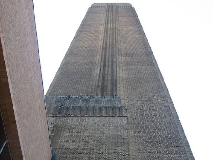 Tate Modern: moderne Kunst in einem ehemaligen Kraftwerk.